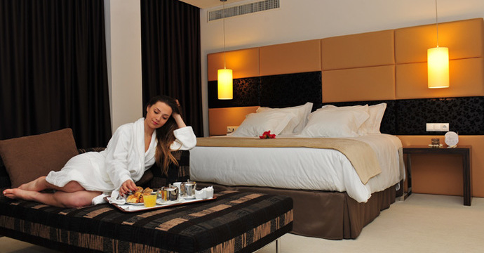 Axis Porto Business & Spa Hotel